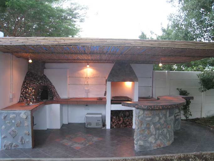 Outdoor Kitchen With Bar Top